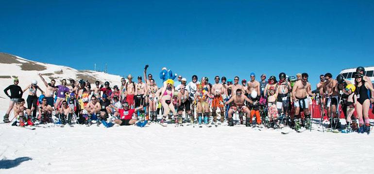 Bañadores y piscinas en la nieve para decir adiós a la temporada de esquí