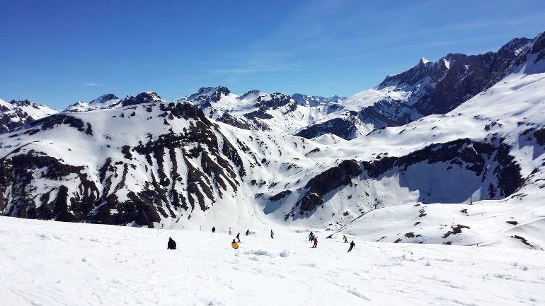 Ofertas y actividades para disfrutar de tu mejor Semana Santa en la nieve