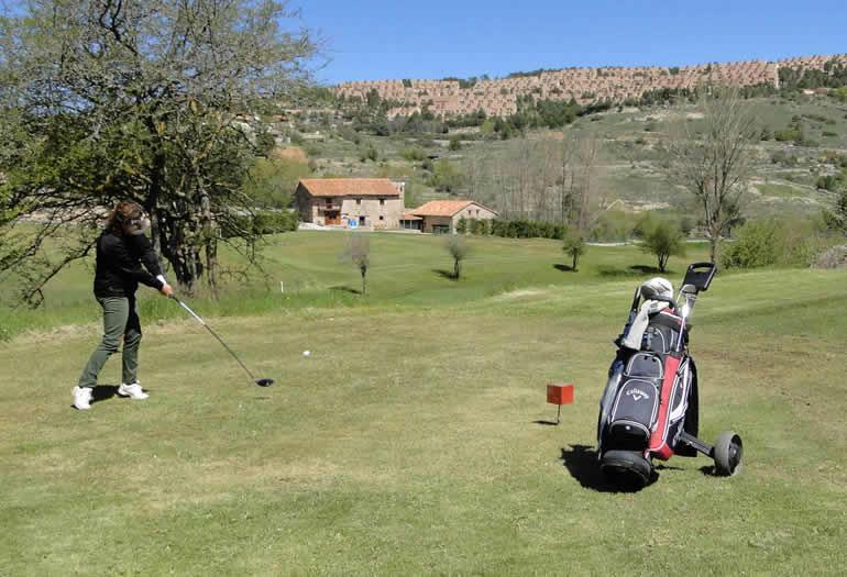 Los mejores campos de golf del entorno de las estaciones
