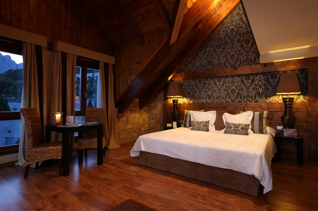 El hotel El Privilegio es una antigua abadía del s. XV rehabilitada