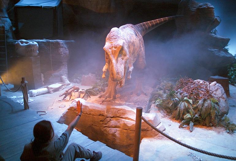 Imagen del show de Tiranosaurus Rex de Dinópolis