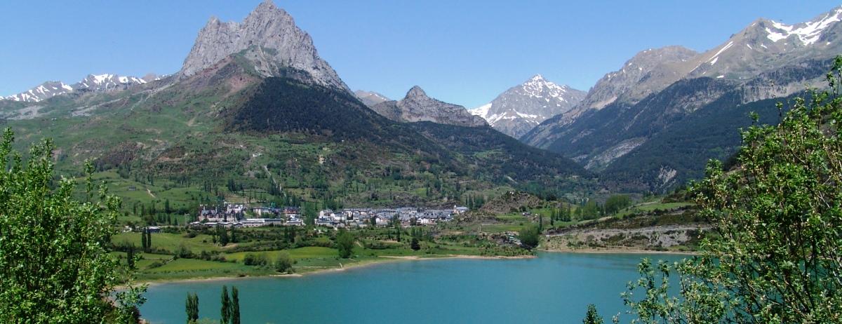 Siete hoteles del valle de Tena en los que alojarte este verano