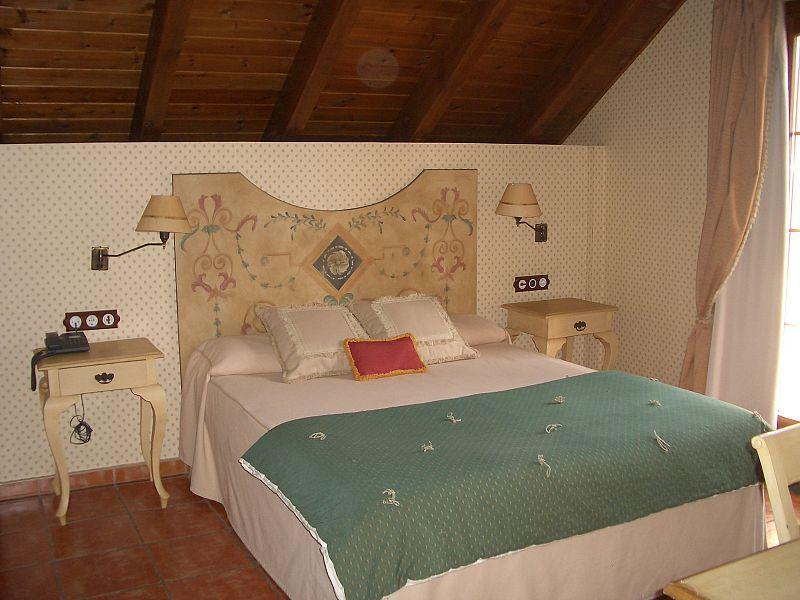 Detalle de una de las habitaciones del hotel Bocalé de Sallent.