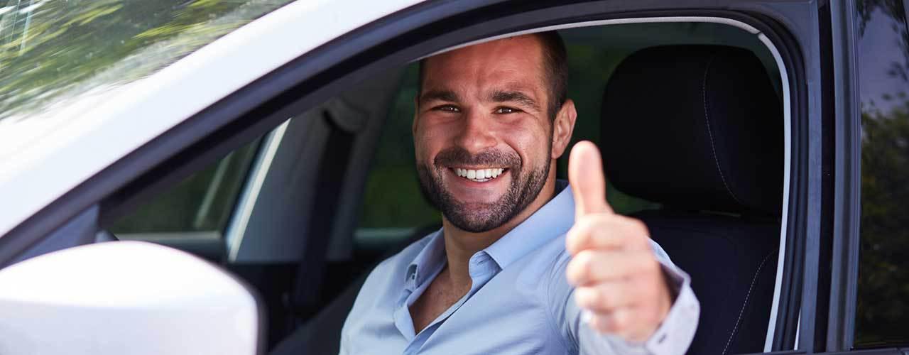 Fatiga al volante: cómo prevenir y evitar el cansancio en tus viajes en coche