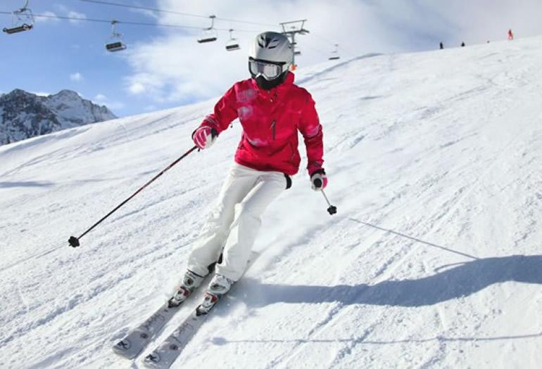 Lesión del pulgar del esquiador, qué es y cómo evitarla