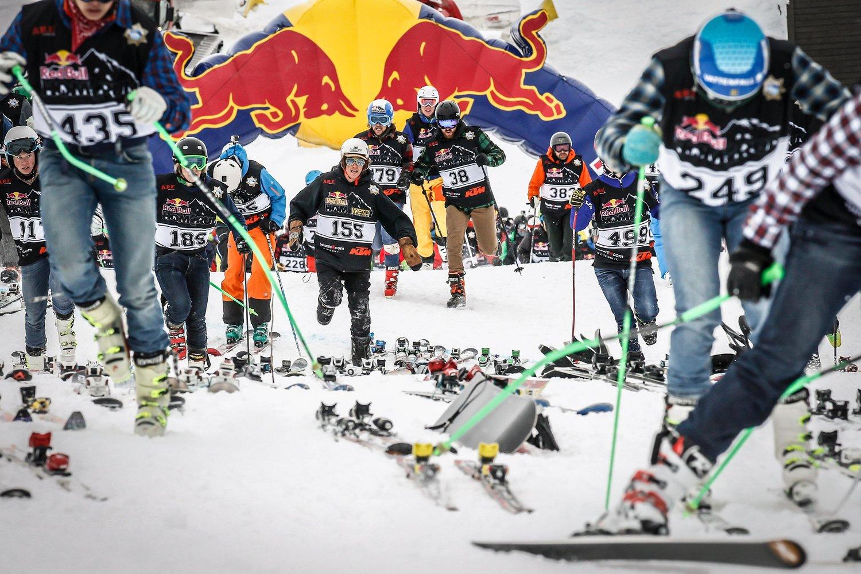 Apúntate a la carrera más divertida del invierno, la Red Bull Home Run de Cerler