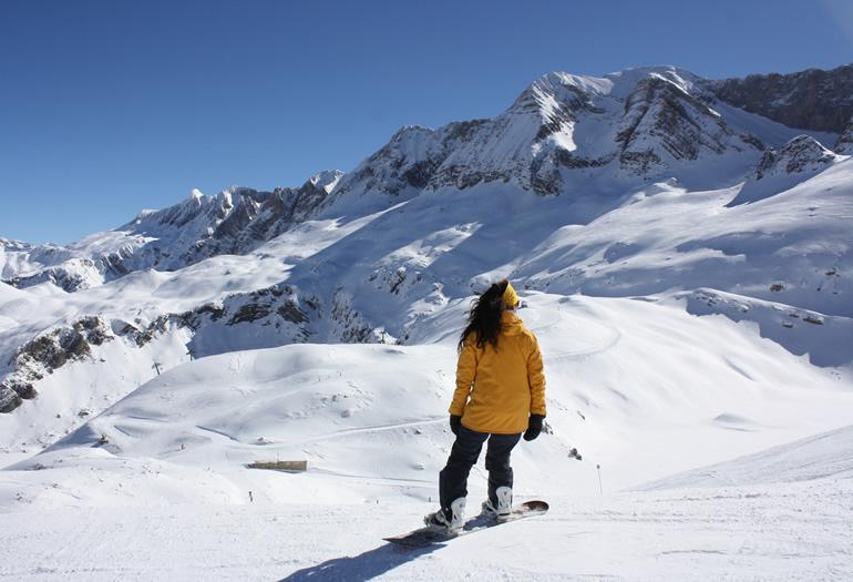 Snowboarder en Panticosa