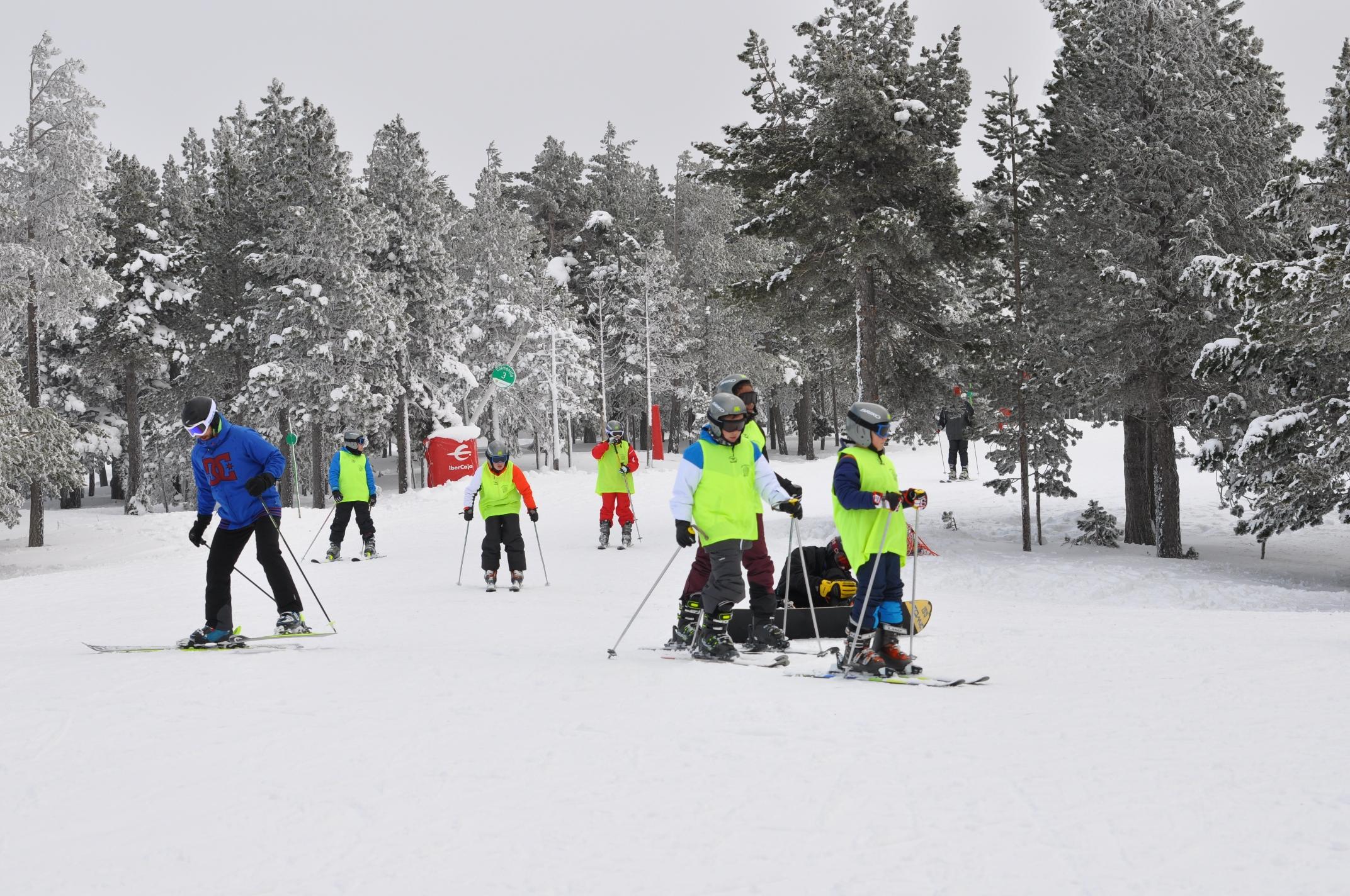 Aramón recibe febrero con pruebas deportivas de esquí de travesía y alpino, y 250 kilómetros para que disfrutes