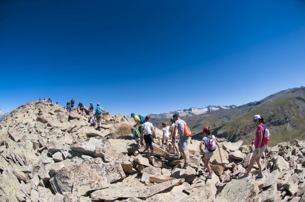 Las excursiones guiadas que plantea la experiencia Conviértete en Montañero fueron un éxito el pasado verano en Cerler. Este año, también se realizarán en Panticosa