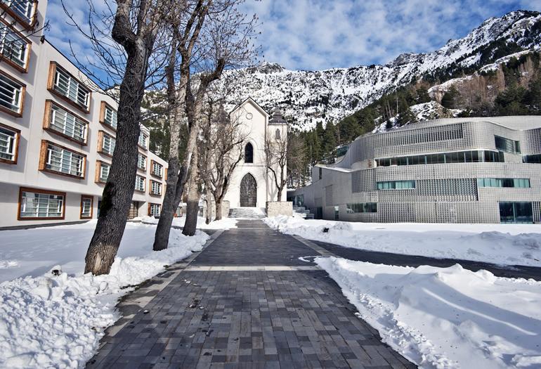Tres rutas en coche por el entorno de las estaciones de esquí