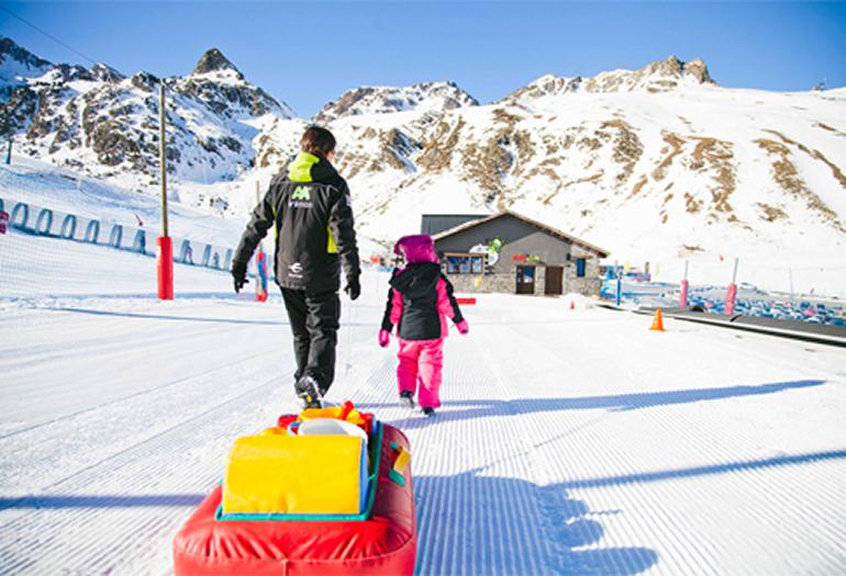 Jardín de Nieve, el lugar ideal para que los niños disfruten en las estaciones