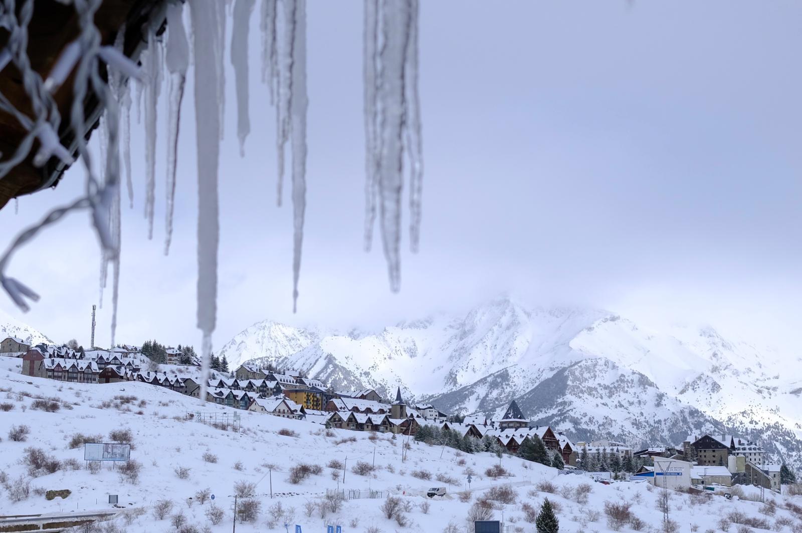 Las nevadas dejan unas condiciones espectaculares para empezar el mes de febrero