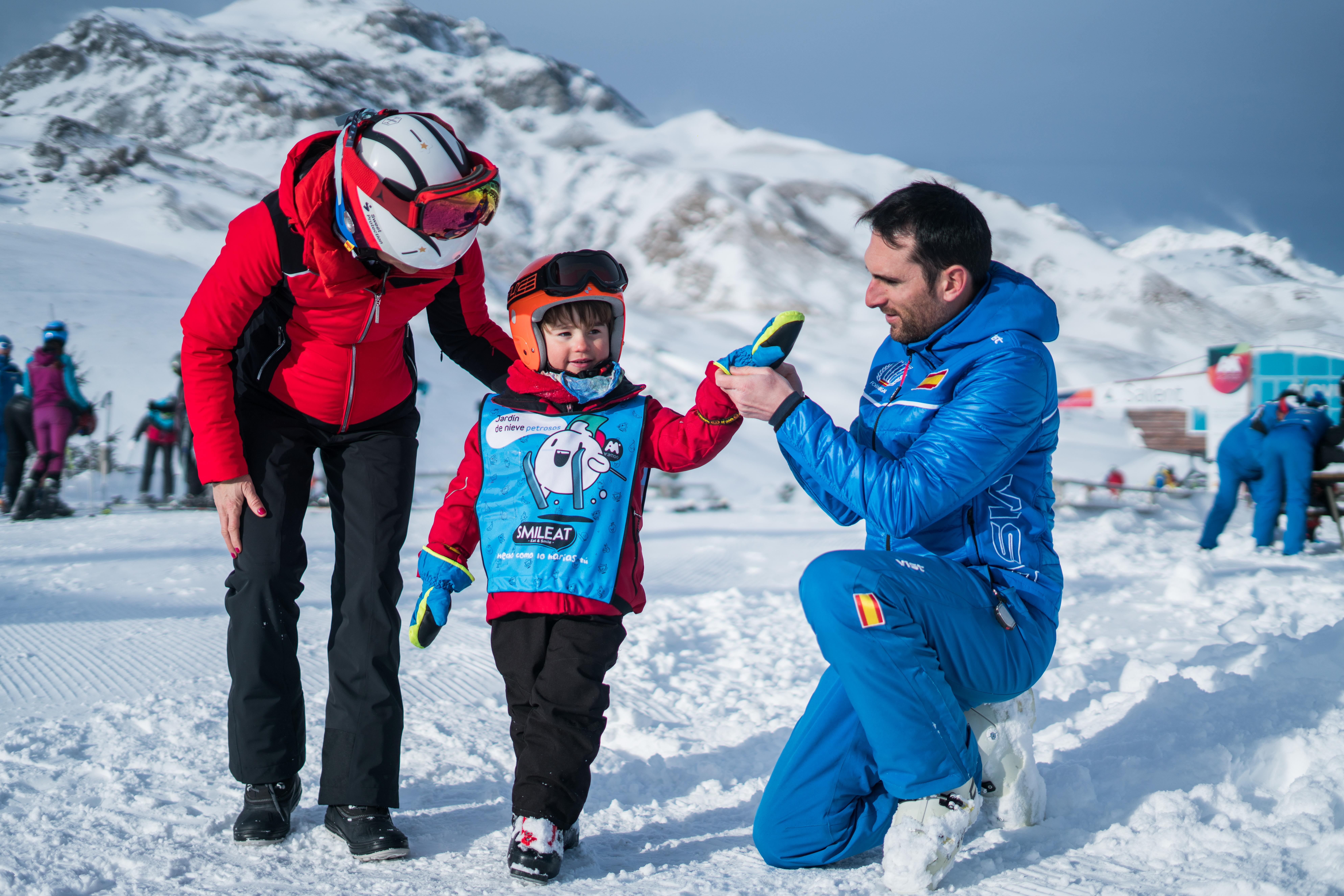 ¿Cuál es la mejor edad para aprender a esquiar?