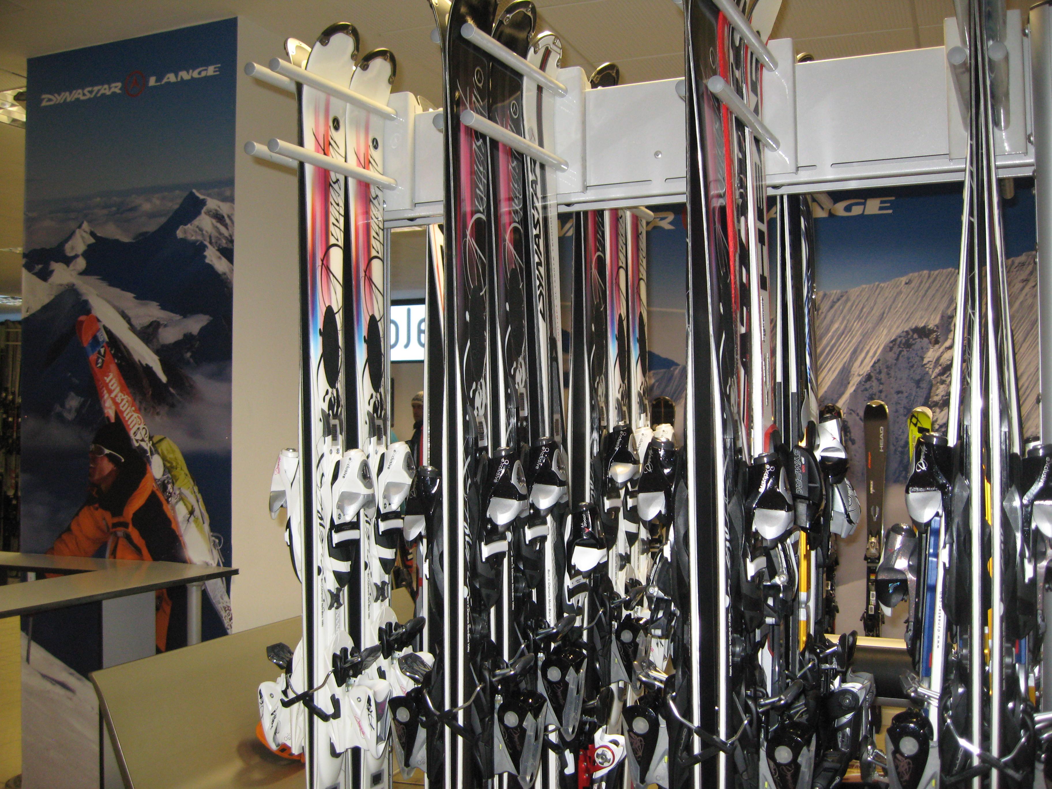 ¿Cada cuánto hay que cambiar de esquís? ¿Y el resto de tu equipo?