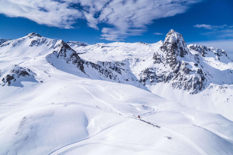 Marzo comienza con nevadas en el Pirineo
