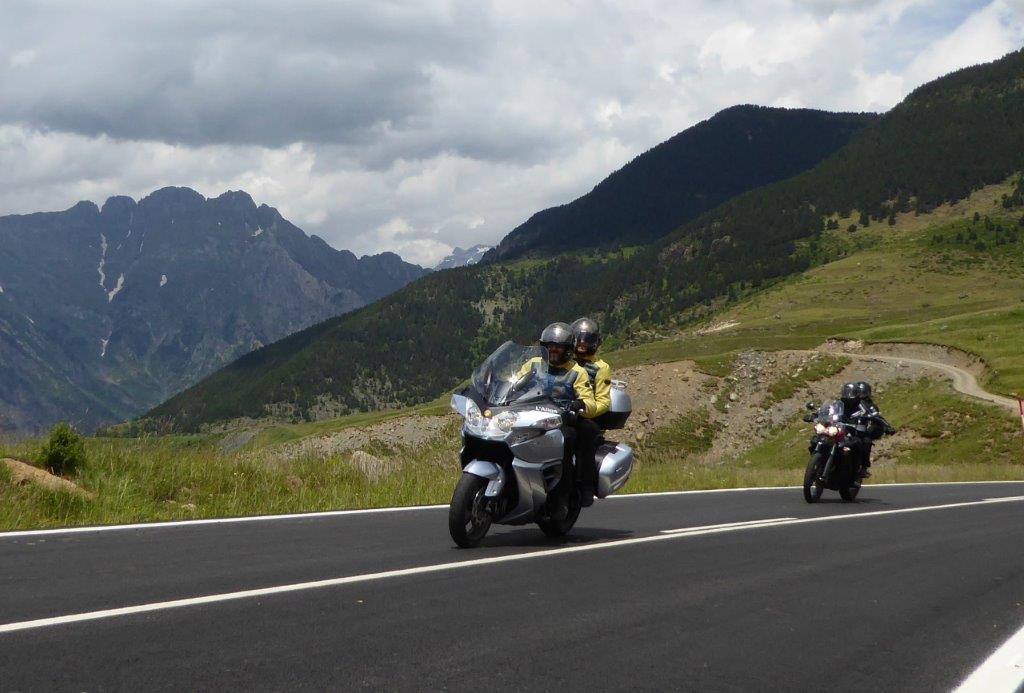 Consejos para hacer rutas en moto