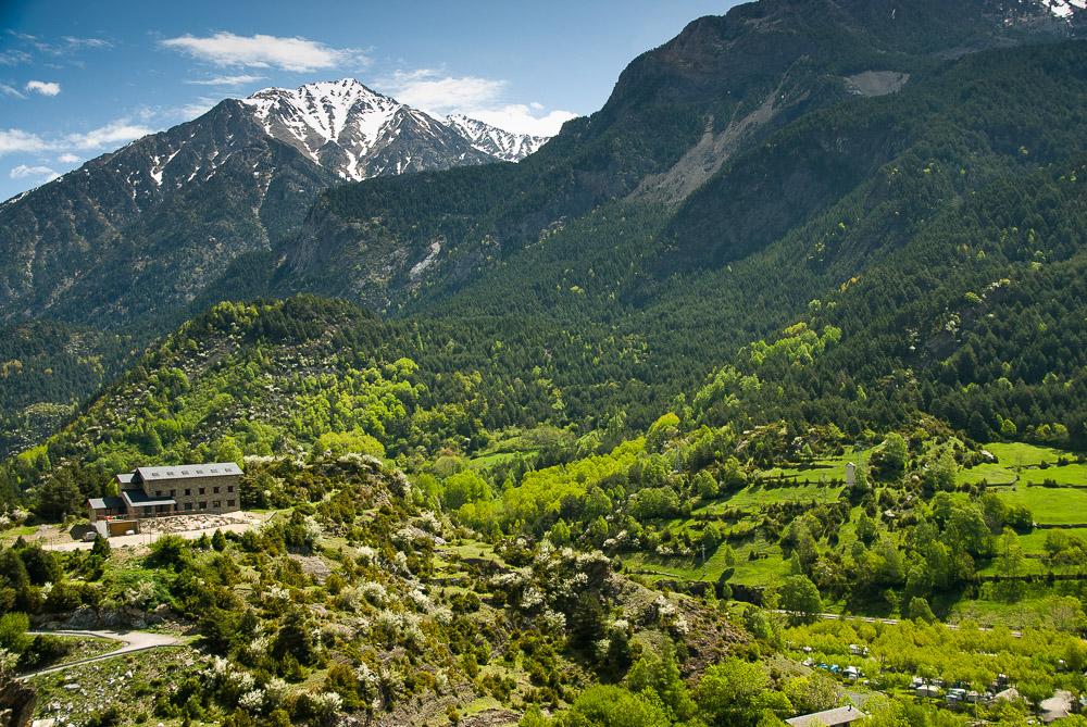 Los hoteles en el Pirineo aragonés y en Teruel con mejores vistas